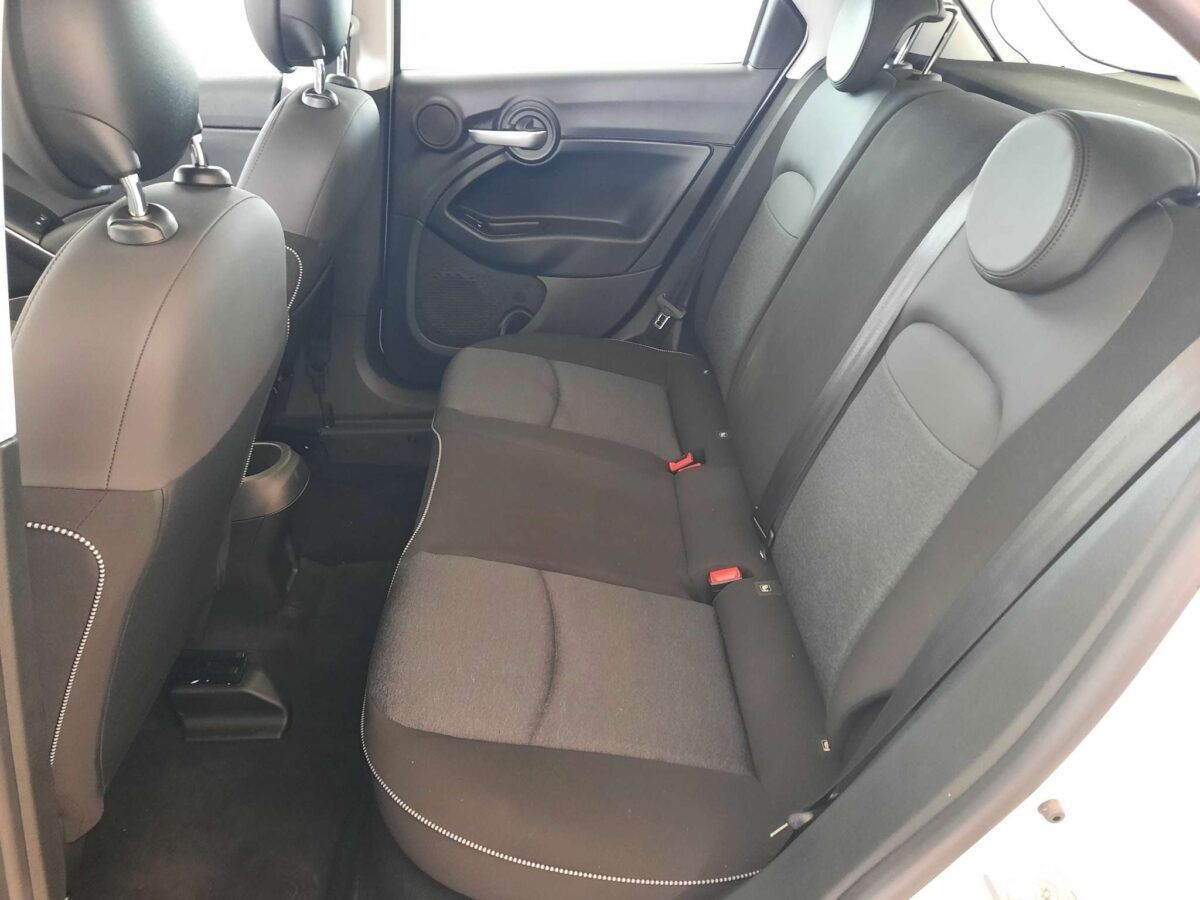 Fiat 500x urban 110 cv gasolina de km 0 asientos traseros