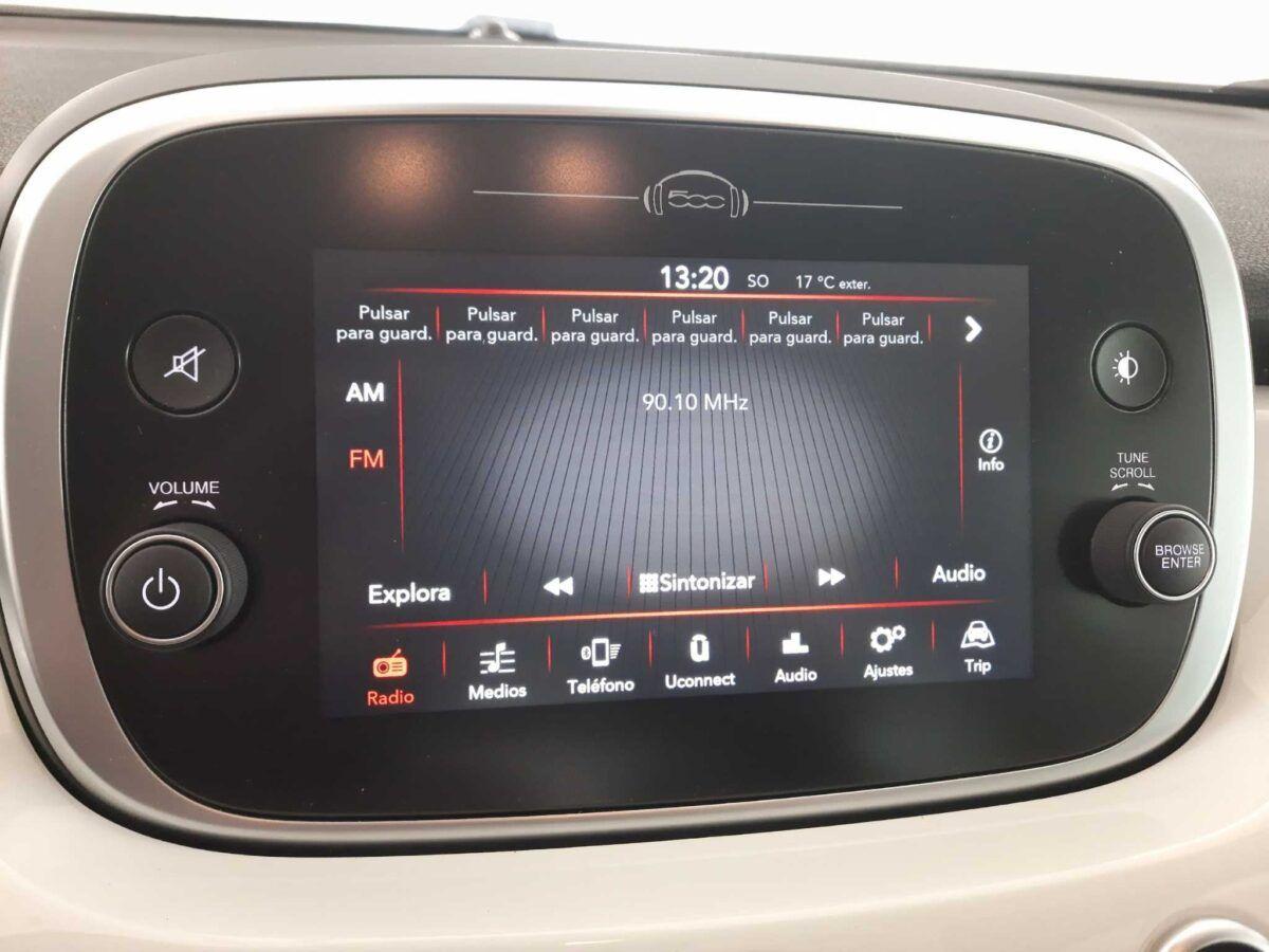 Fiat 500x urban 110 cv gasolina de km 0 pantalla