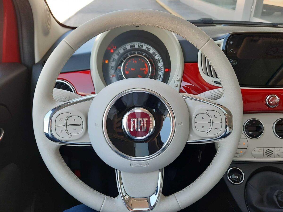Fiat 500 híbrido GLP 1.2 69cv lounge en color rojo de km0