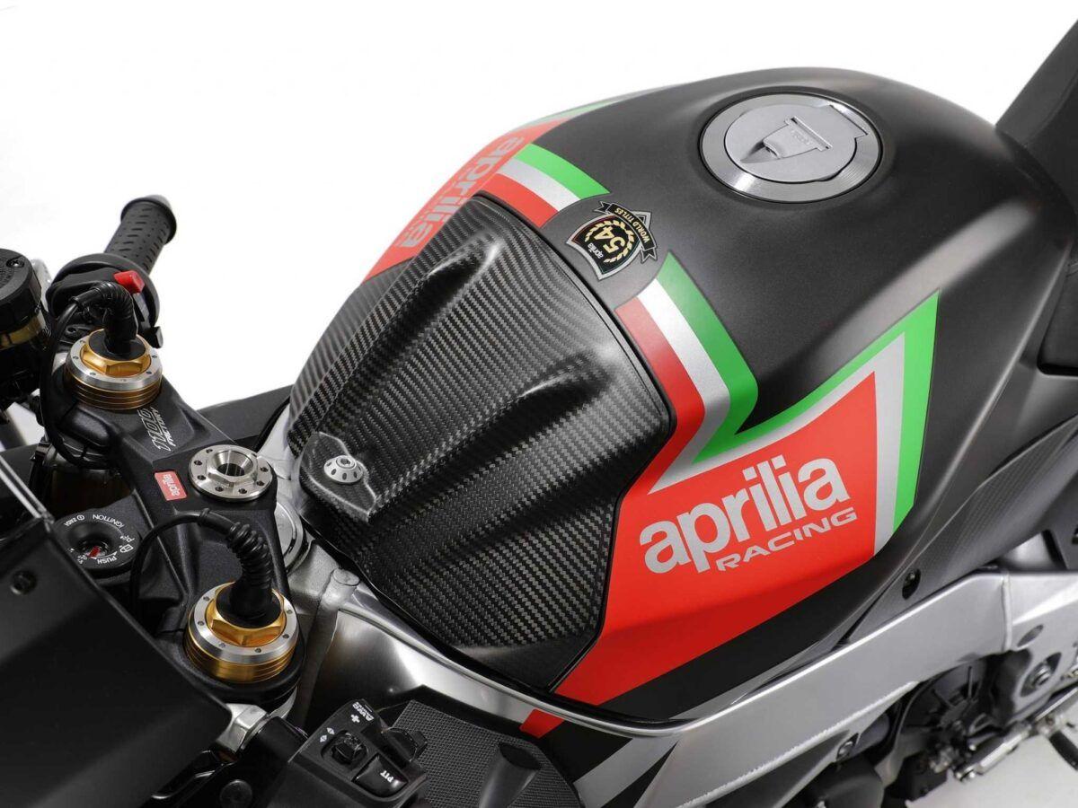 Aprilia RSV4 1100 factory 2020 atomic racer nueva