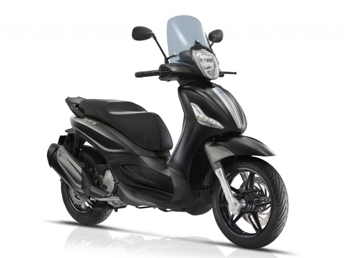 Piaggio Beverly 350 st en color negro, nueva