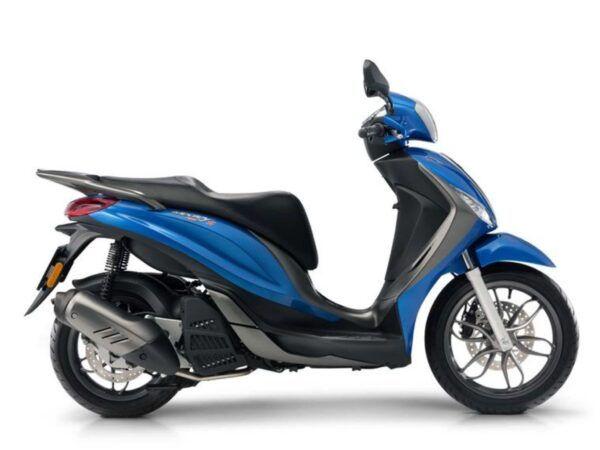 Piaggio Medley 125 S ABS 2019 en color azul, nueva