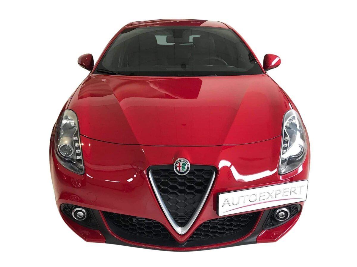 Alfa Romeo Giulietta 1.4 TB 120cv sport en color rojo de km0