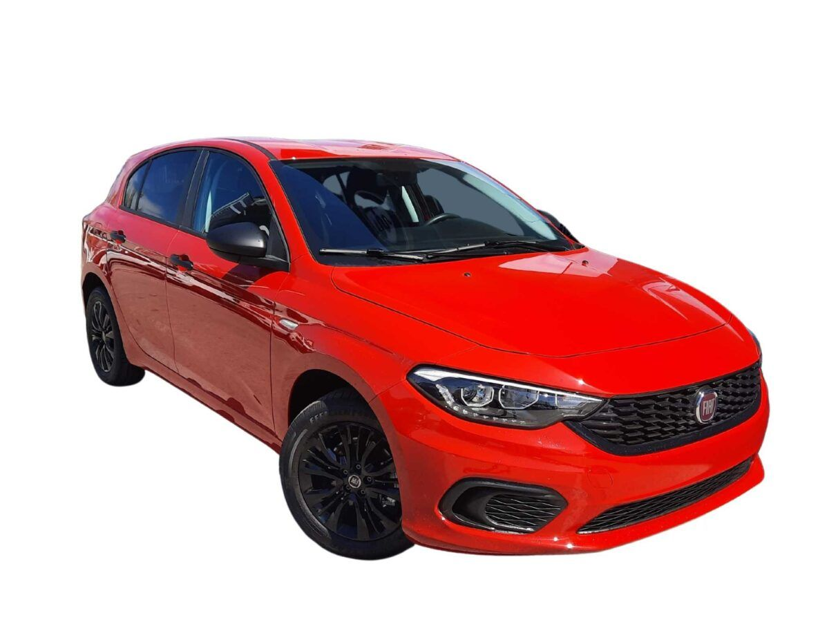 Fiat Tipo 5 puertas 1.4 95 cv acabado street en color rojo de km0