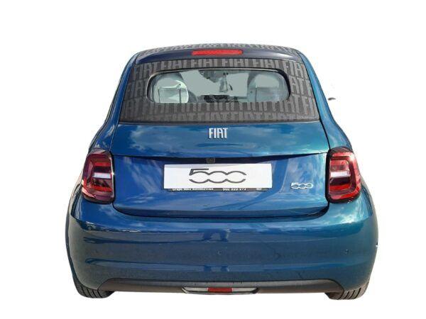 Fiat 500 eléctrico la prima, motor de 118 cv en color azul descapotable