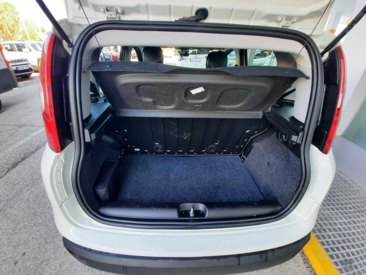 FIAT PANDA 1.2 69CV LOUNGE GLP híbrido