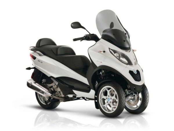 Moto 3 ruedas Piaggio MP3 500 E4 blanca nueva