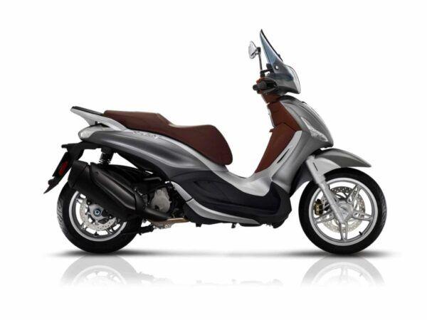 Piaggio Beverly 350 st en color gris nueva de oferta