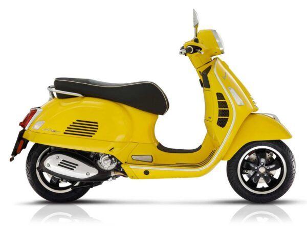 Vespa GTS Super nueva en amarillo