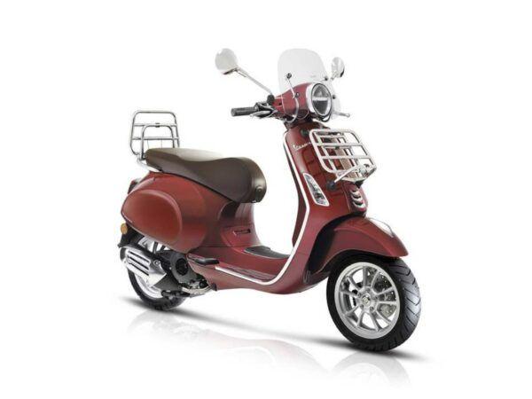 Vespa Primavera Touring 125 E4 roja