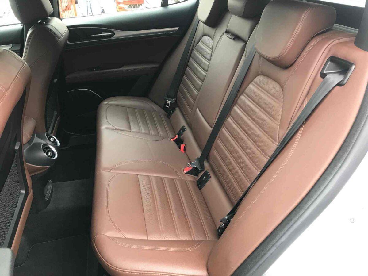 Alfa Romeo Stelvio diésel 210 cv speciale q4 del 2018 de ocasión en gris