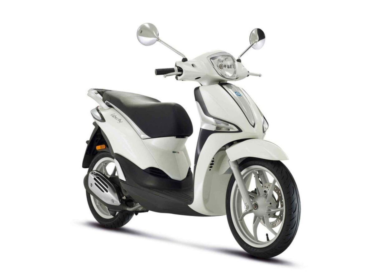 Piaggio Liberty 50 euro 5 de 2021 en blanca
