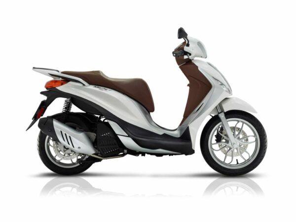 Piaggio Medley 150 euro 4 en blanca