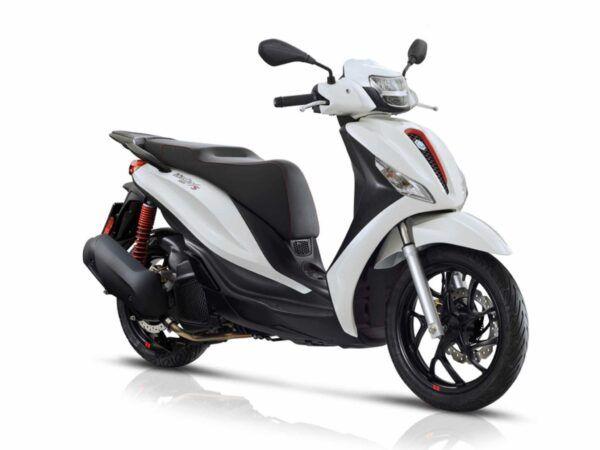 Piaggio Medley 125 S euro 5 de 2021 en blanco de oferta