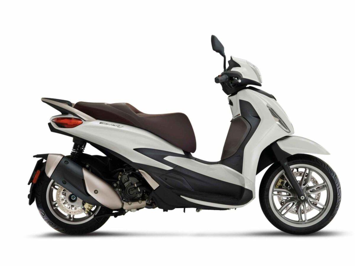 Piaggio New Beverly 300 blanca euro 5