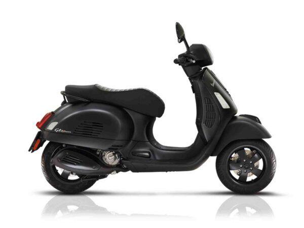 Vespa GTS 125 euro 4 en color notte negro