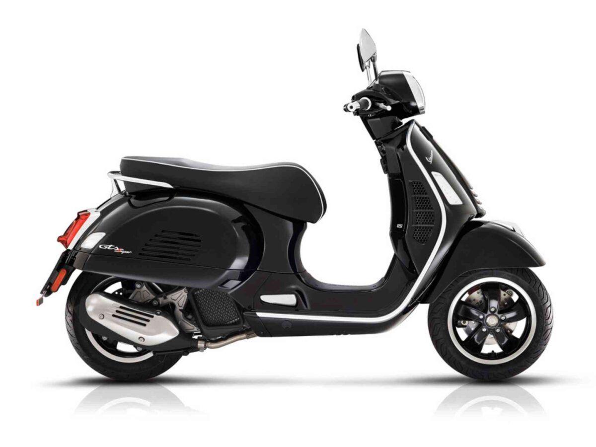 Vespa GTS Super euro 4 en color negro