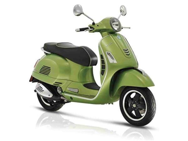 Vespa GTS Super euro 4 en color verde de oferta