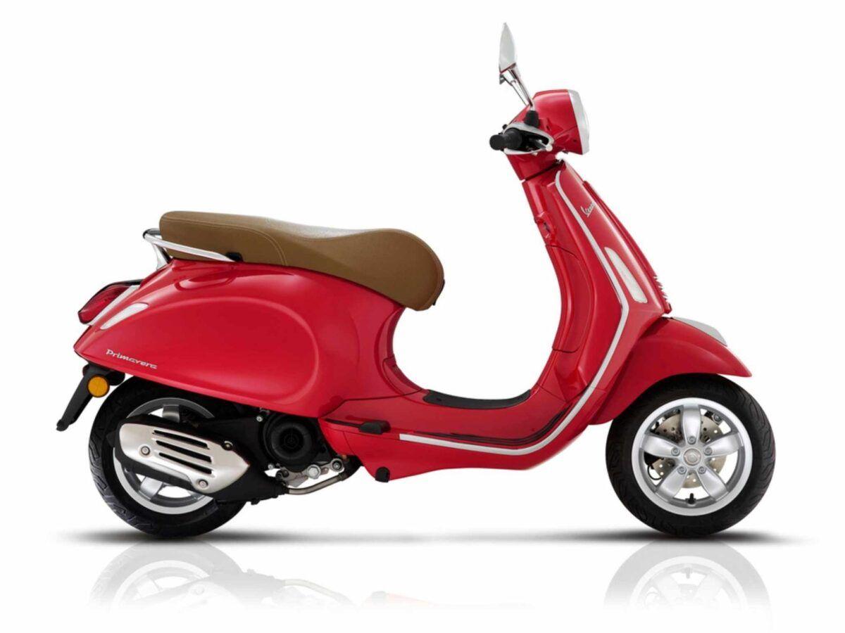 Vespa Primavera 50 euro 4 en rojo