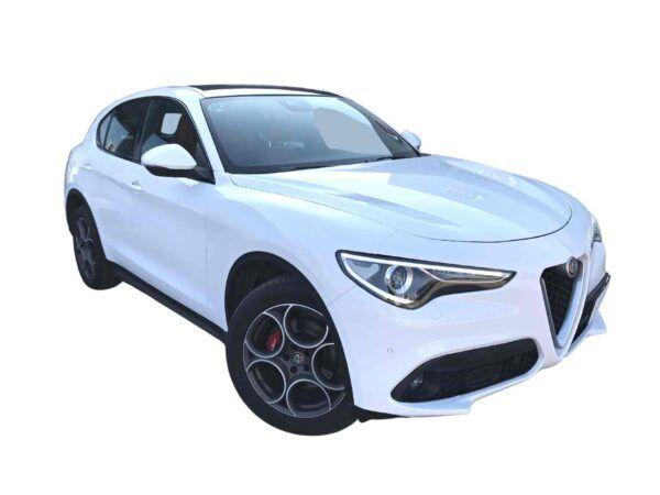Alfa Romeo Stelvio Speciale Q4 de ocasión diesel 2.2 210 cv en blanco