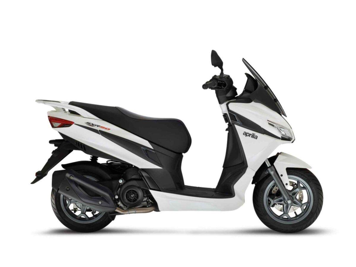 Aprilia SXR 50 blanca nueva